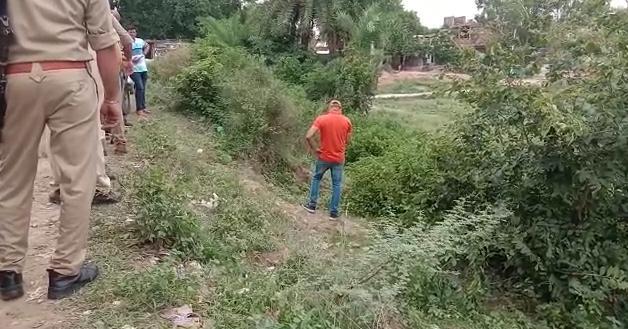 Dead body of an unknown person found near Fattepur Pandu river